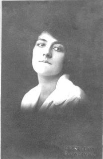 Gladys Higgins c1920